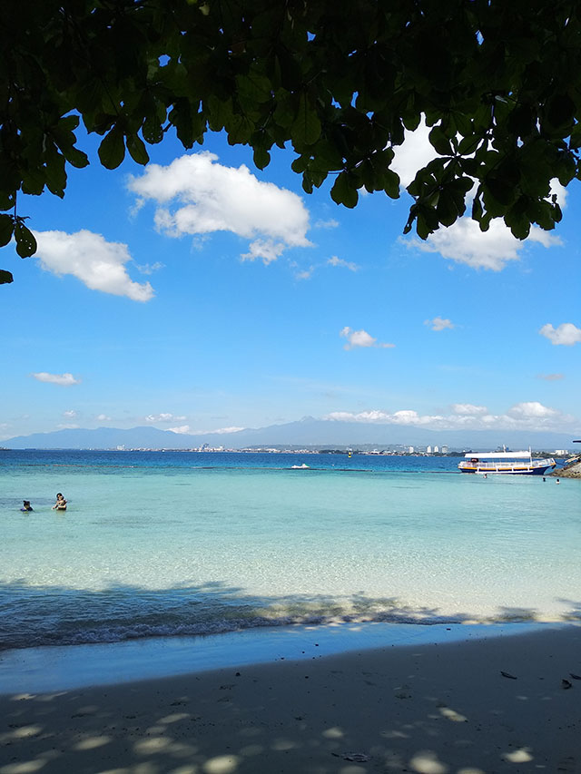 2018-Samal-Island-Davao-Micki-Josue-Pocholo-Perreras-Beach-Travel-Philippines-02