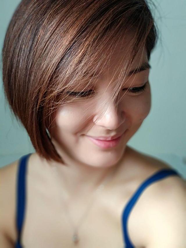Micki-Short-Hair-01_640