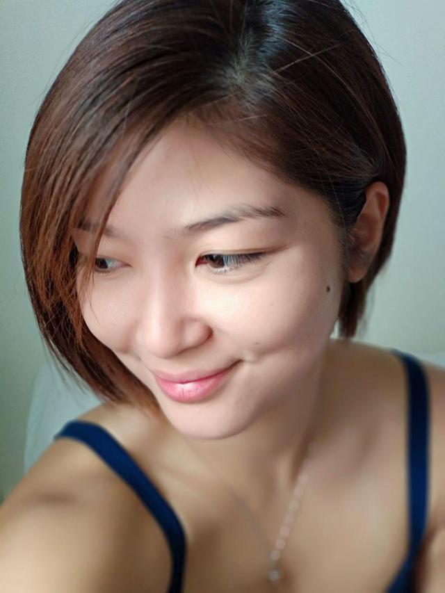 Micki-Short-Hair-02_640