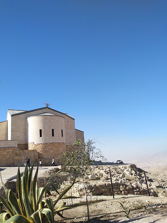 Micki-Josue-Holy-Land-Tour-Jordan-Israel-Egypt-15